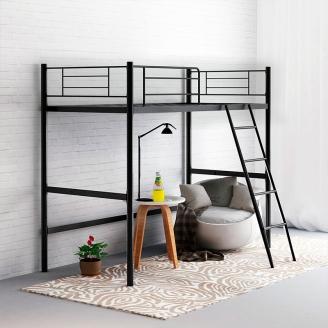 Черная кровать-чердак на металлическом каркасе