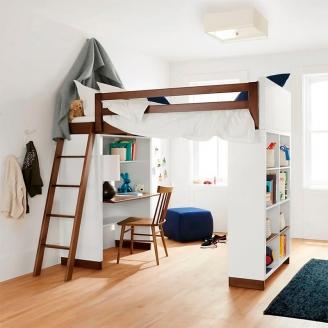Кровать-чердак со столом и полками для хранения